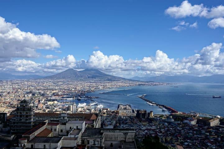 Cosa fare a Napoli per vivere appieno la città
