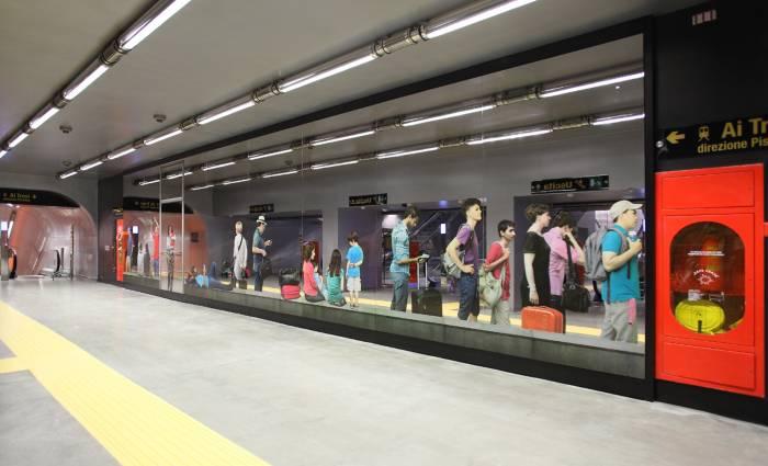 stazione metropolitana garibaldi napoli