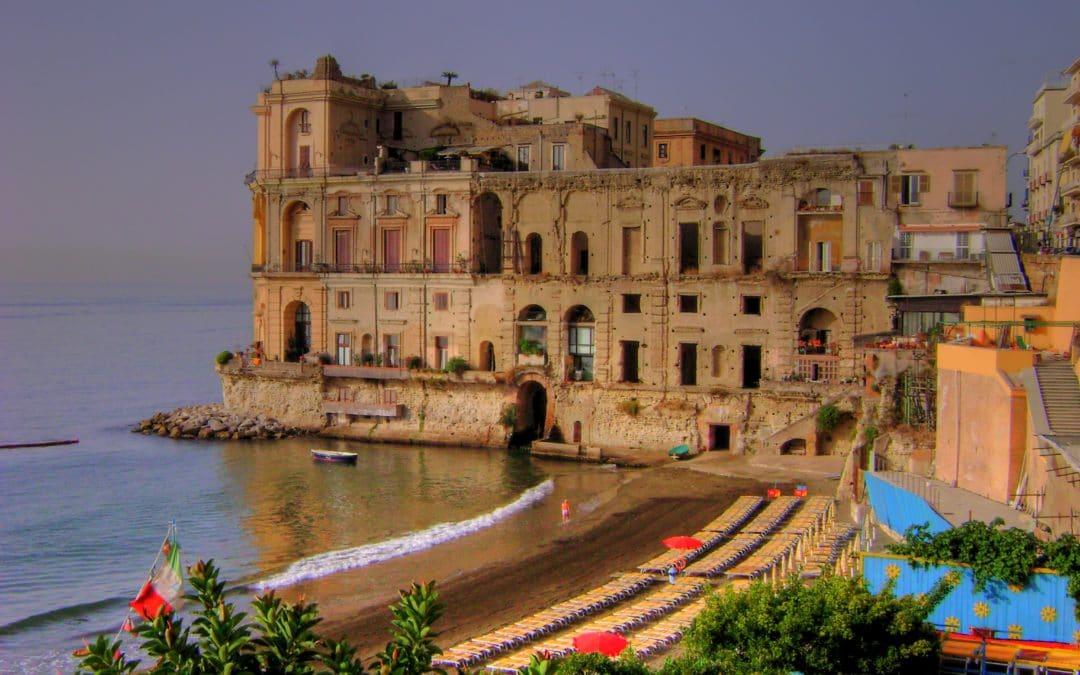 Fantasmi a Napoli: i 10 luoghi più infestati in città